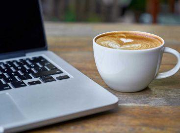 Szkolenie online przy kawie