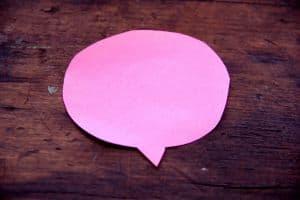 Różowy dymek komiksowy