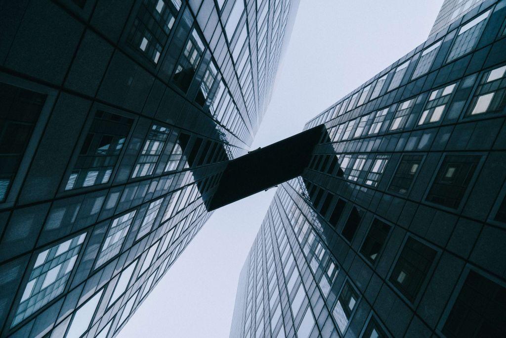 Połączenie dwóch budynków
