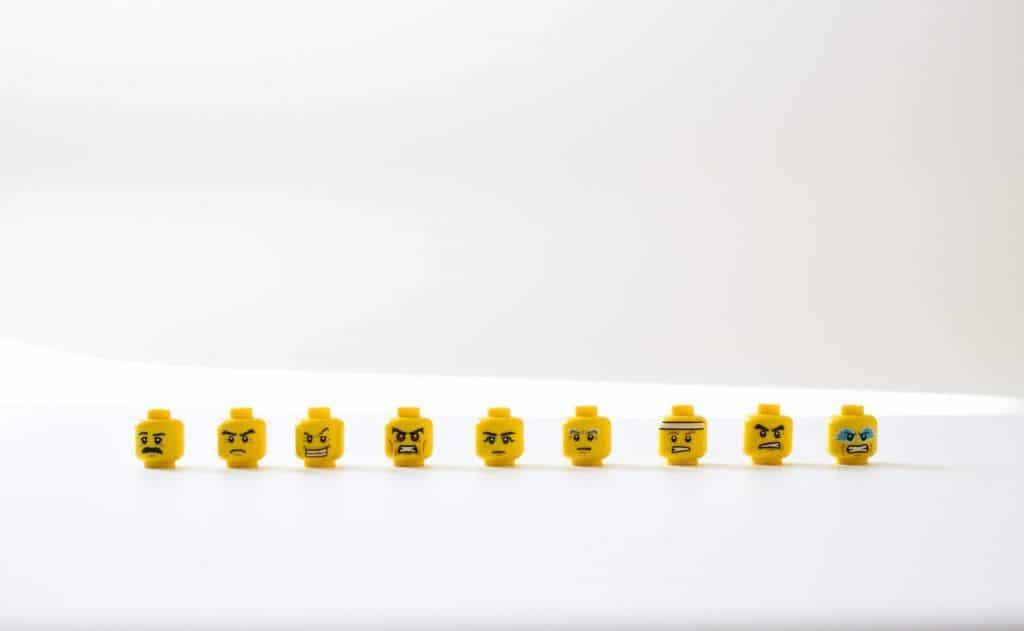 Główki z klocków LEGO